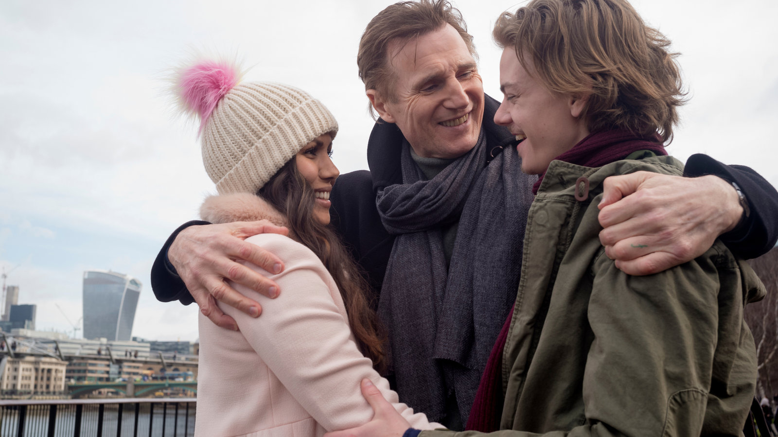 love actually review new york times