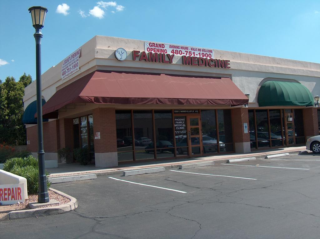 phoenix family medical clinic reviews