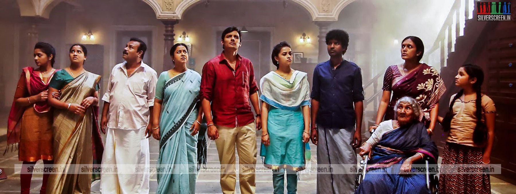 sangili bungili kadhava thorae movie review