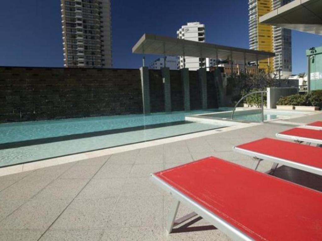 aria apartments gold coast review
