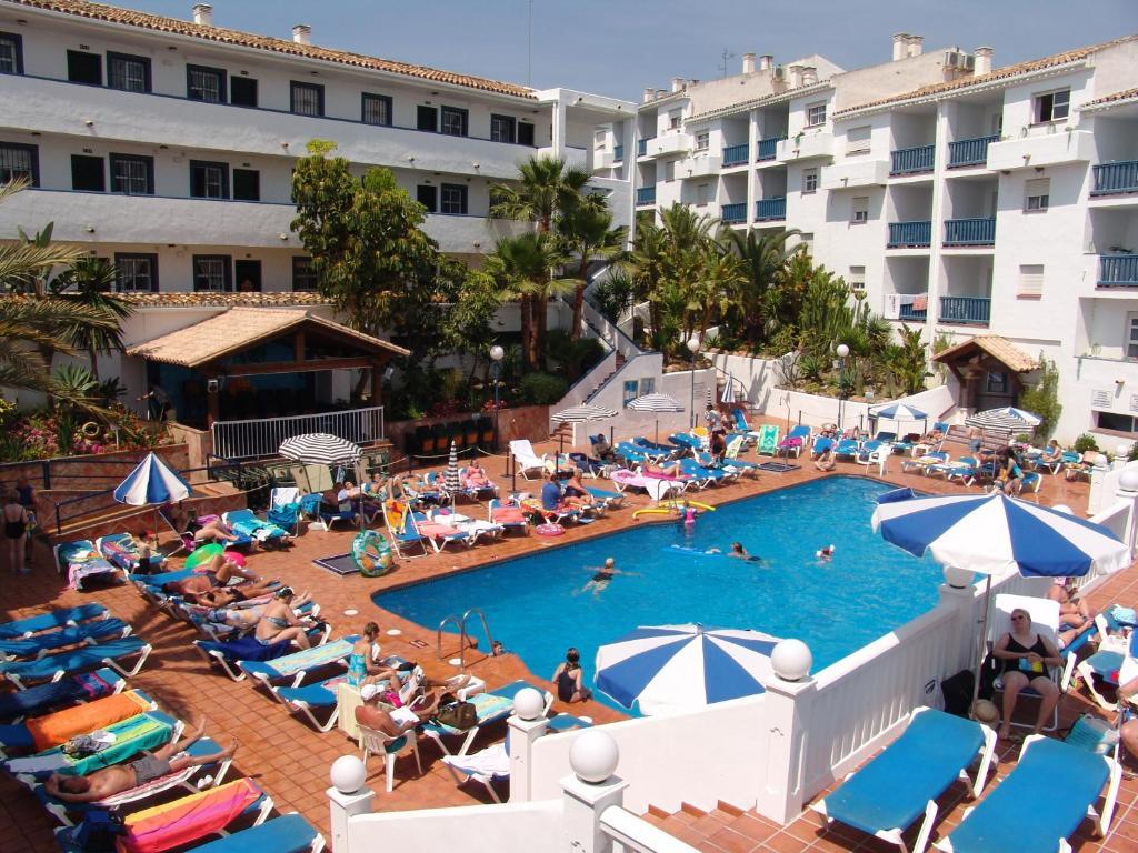 crown resorts club marbella reviews