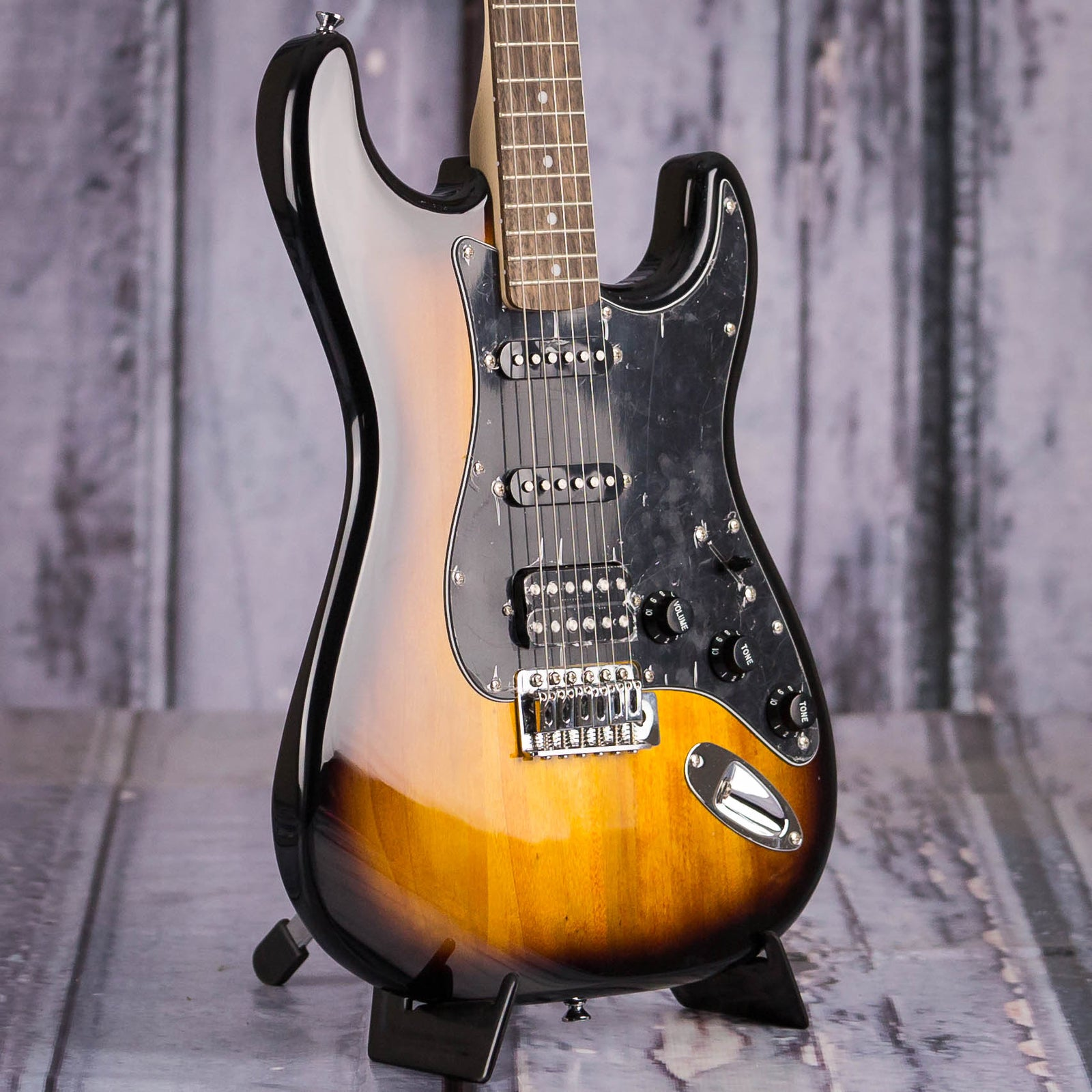 squier affinity stratocaster hss review