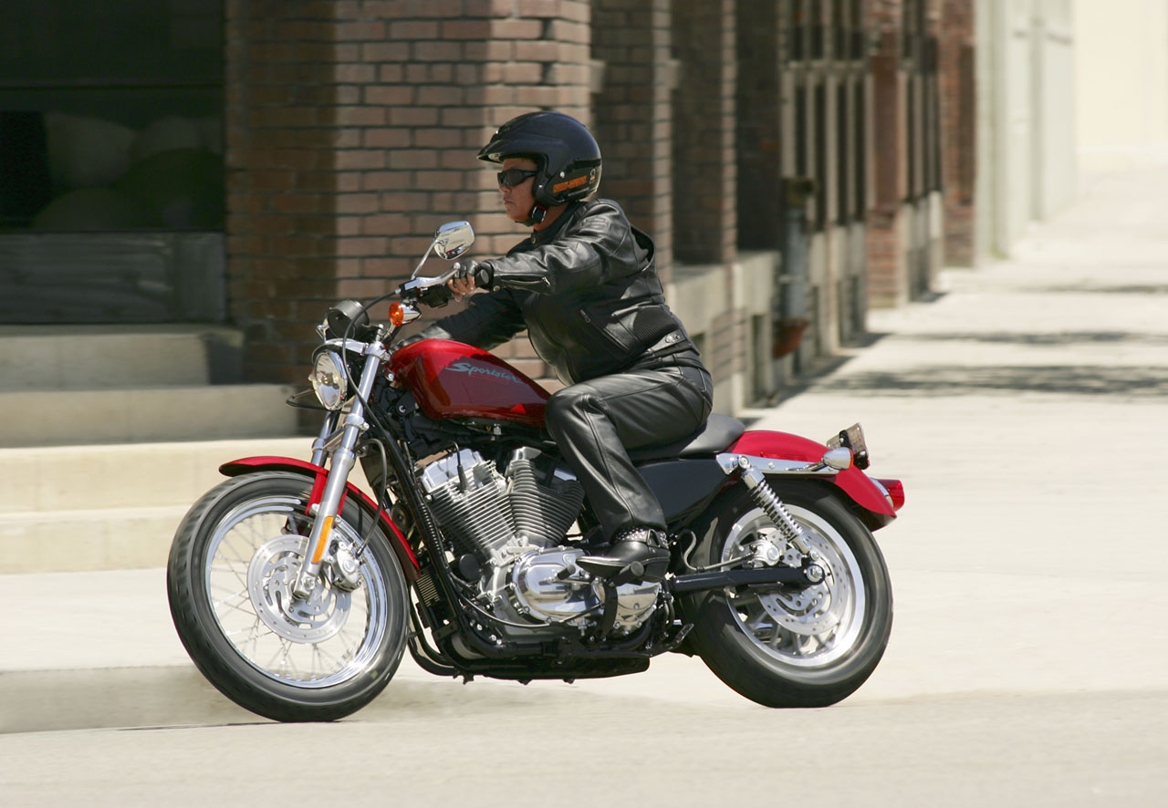harley sportster 883 low review