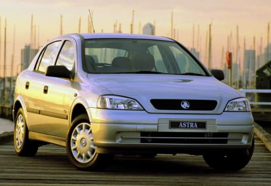 2003 holden astra ts my03 cdx review