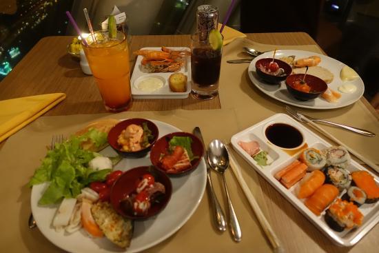 baiyoke sky hotel buffet reviews