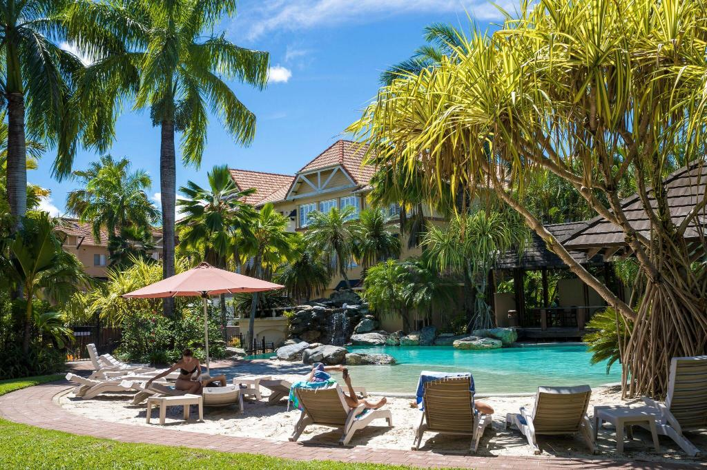 the lakes resort cairns reviews