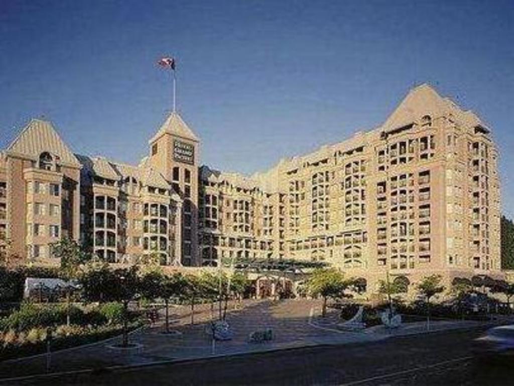 hotel grand pacific victoria reviews