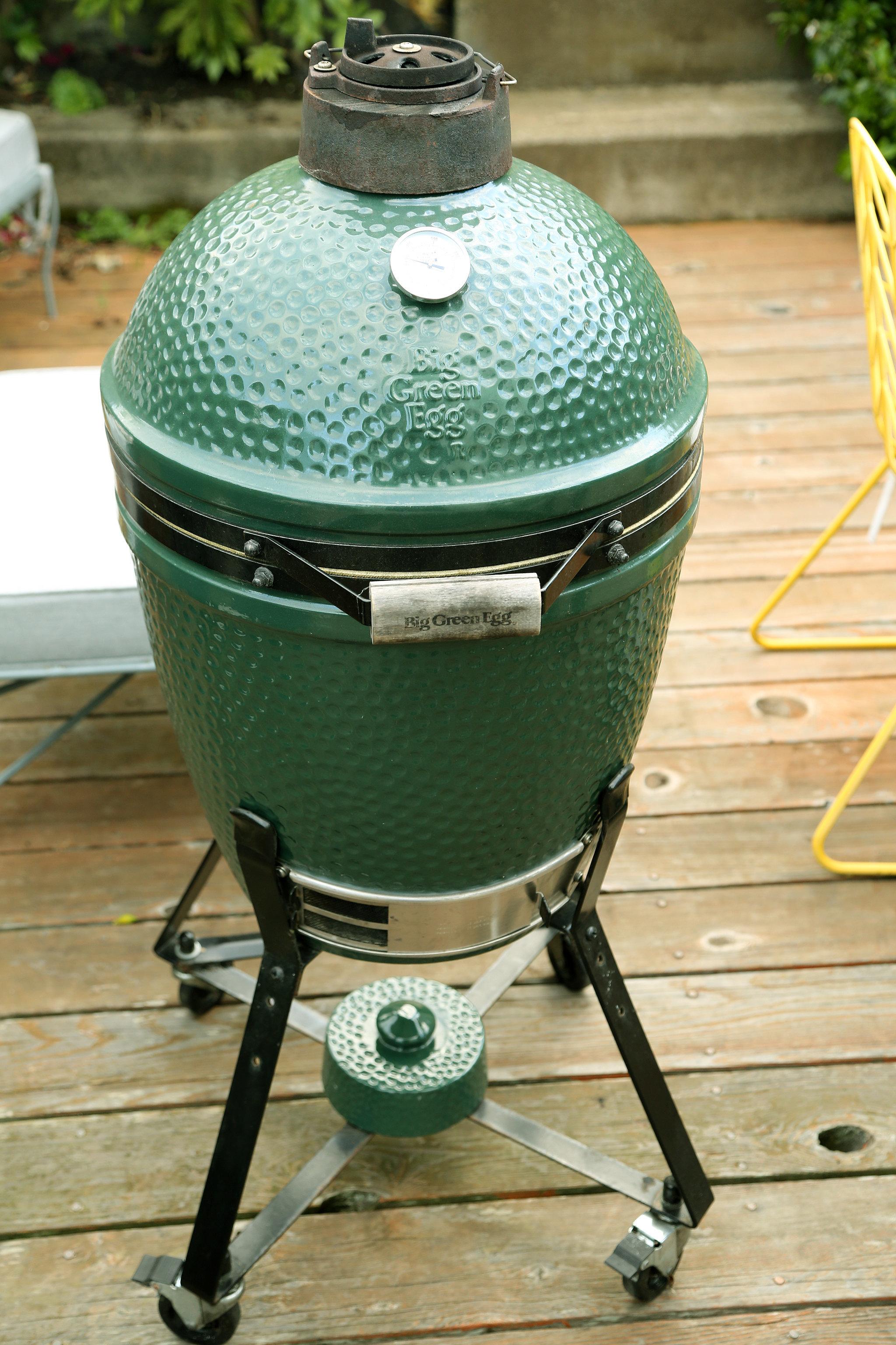 big green egg smoker reviews