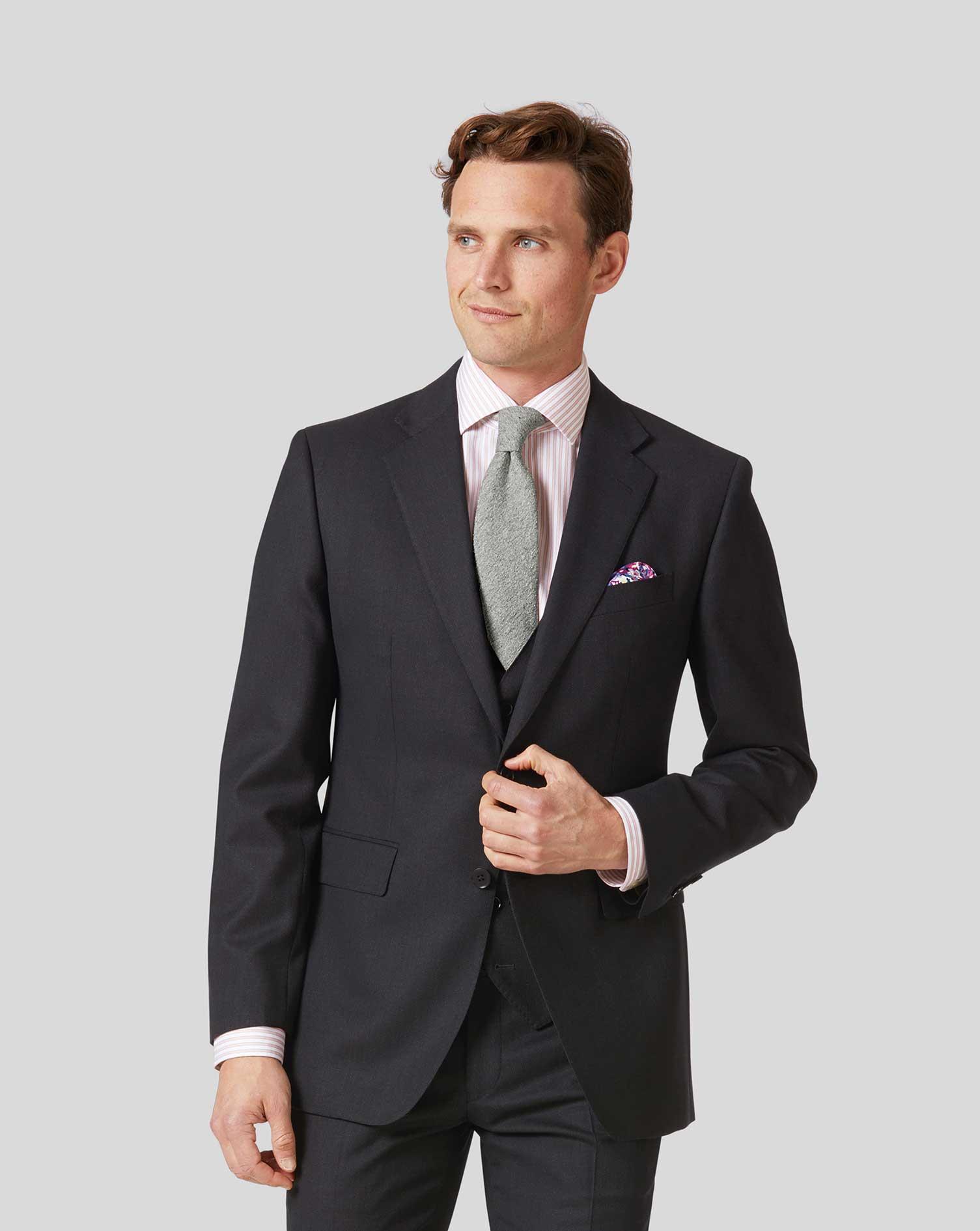 charles tyrwhitt travel suit review