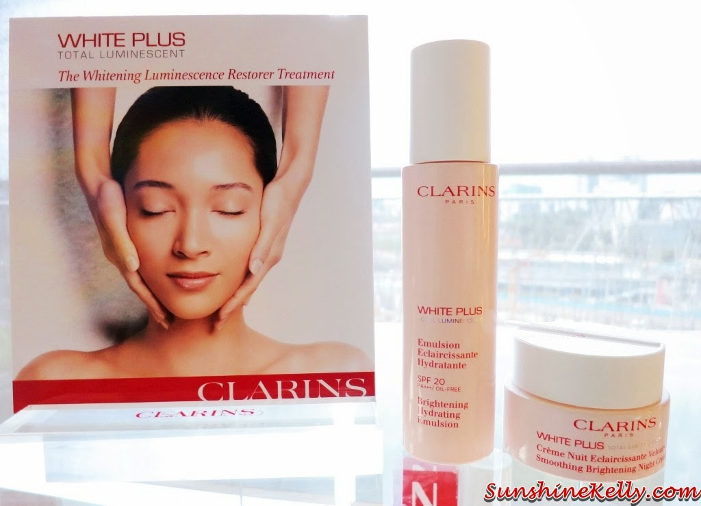 clarins white plus total luminescent brightening hydrating emulsion review