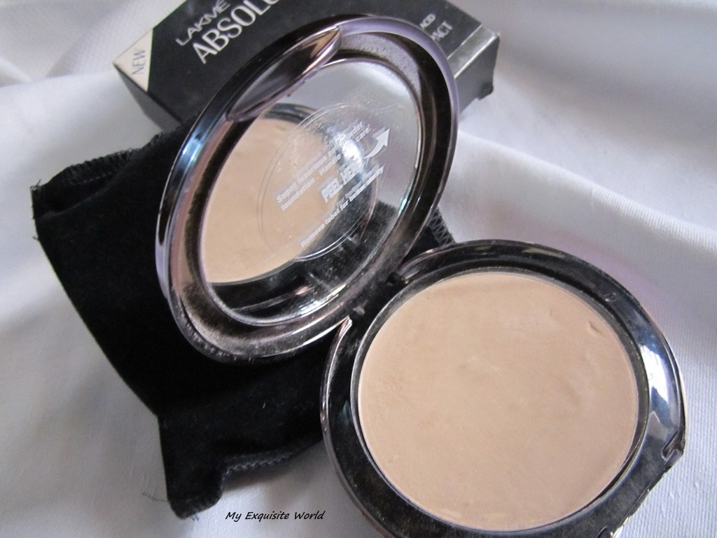 lakme wet and dry compact review