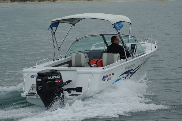quintrex 600 ocean sport review