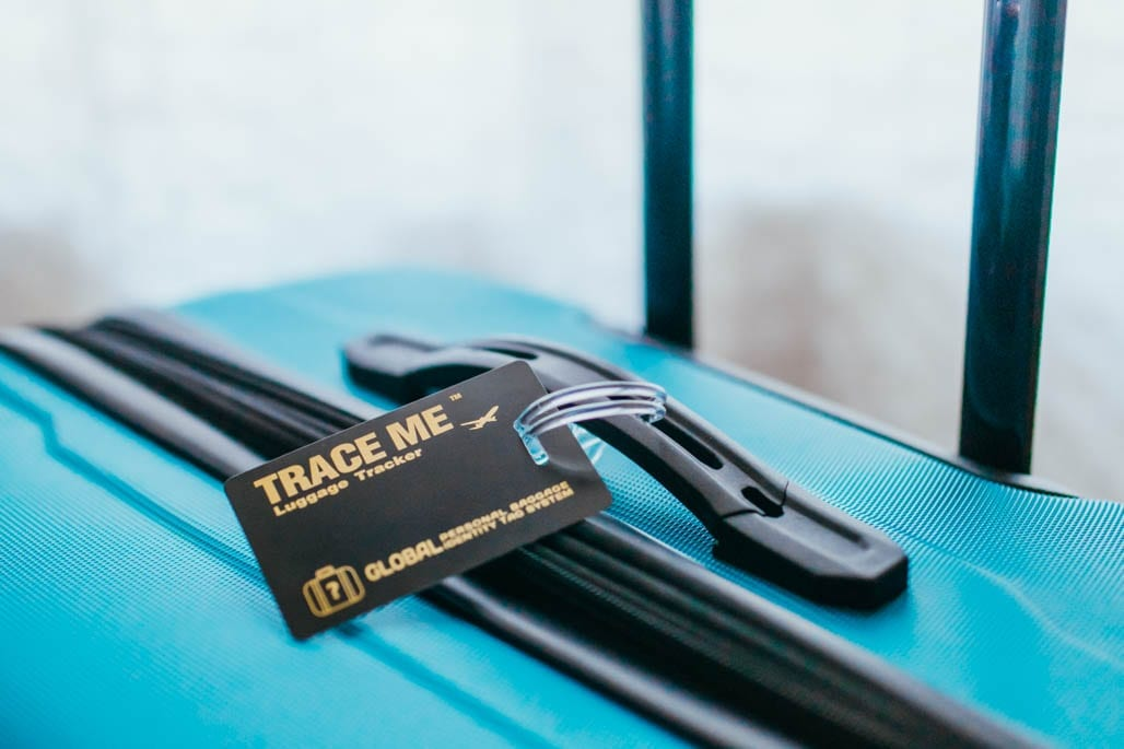 trace me luggage tag review